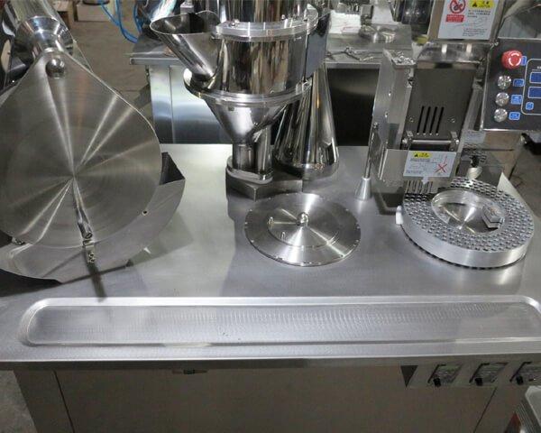 SF-25 Semi-Auto Capsule Filling Machine6