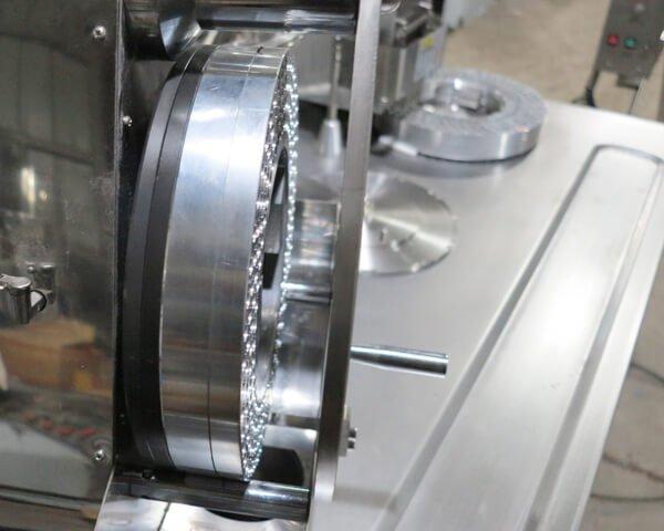 SF-25 Semi-Auto Capsule Filling Machine8