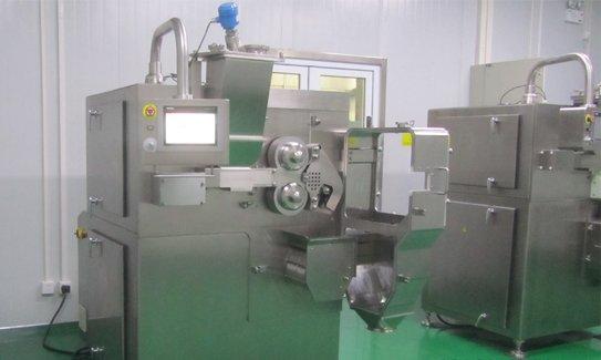 cGMP compliant roller compactor