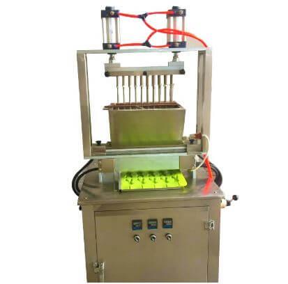 Manual candy making machine