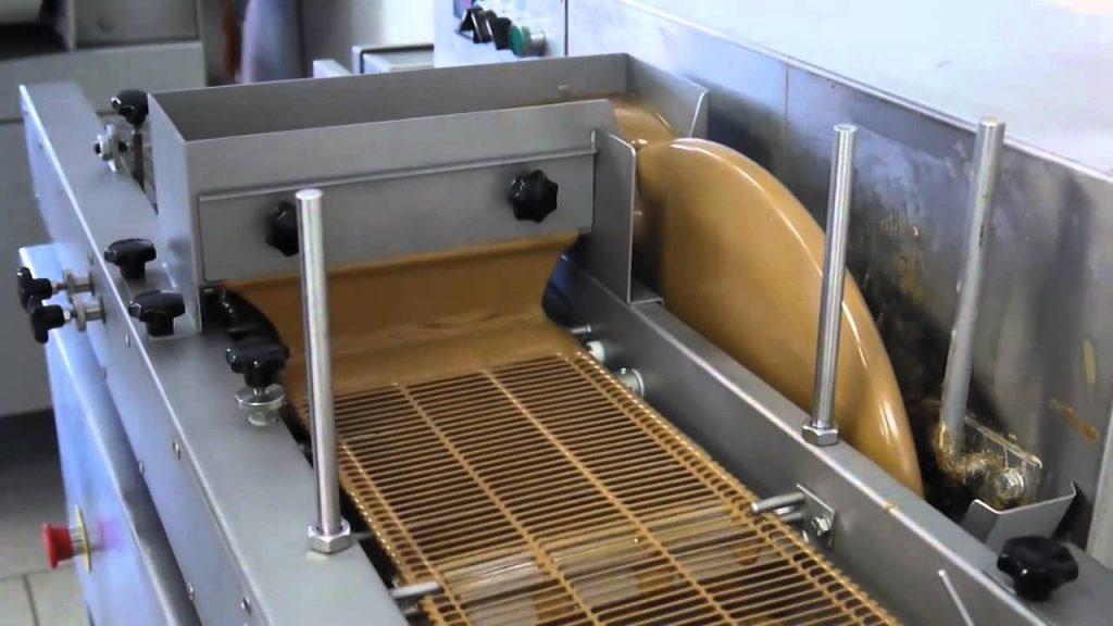 belt width of chocOlate enrobing machine